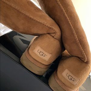 Comfy ugg boots